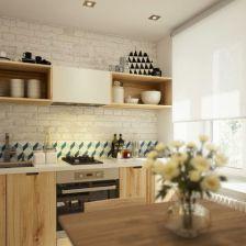 biała cegła na ścianie w kuchni z meblami z drewnianej sklejki (26855)